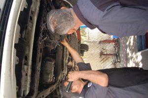 Prado-Quality-Auto-Repair-Mechanic9