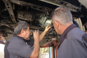 Prado-Quality-Auto-Repair-Mechanic4