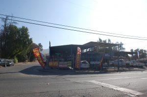 shop outside13