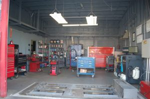shop inside garage22